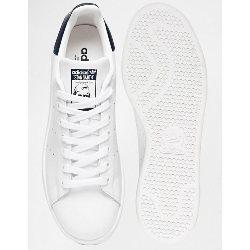 Comprar Adidas Stan Smith Selective blancas al mejor precio Selective Smith Shop c2ab5e