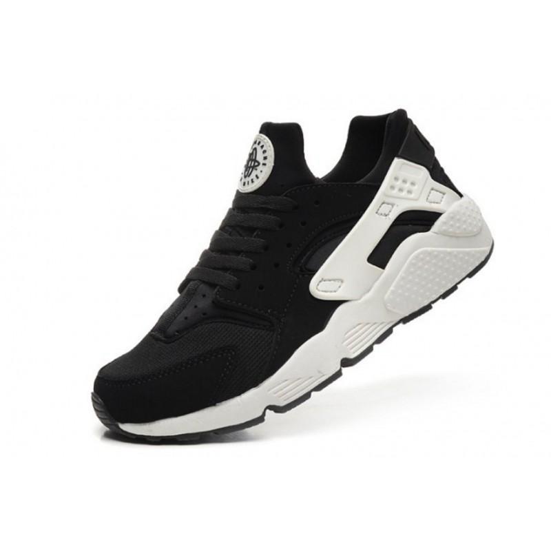 timeless design ab9d9 efdc0 Nike Huarache negras y blancas al mejor precio - Selective Shop
