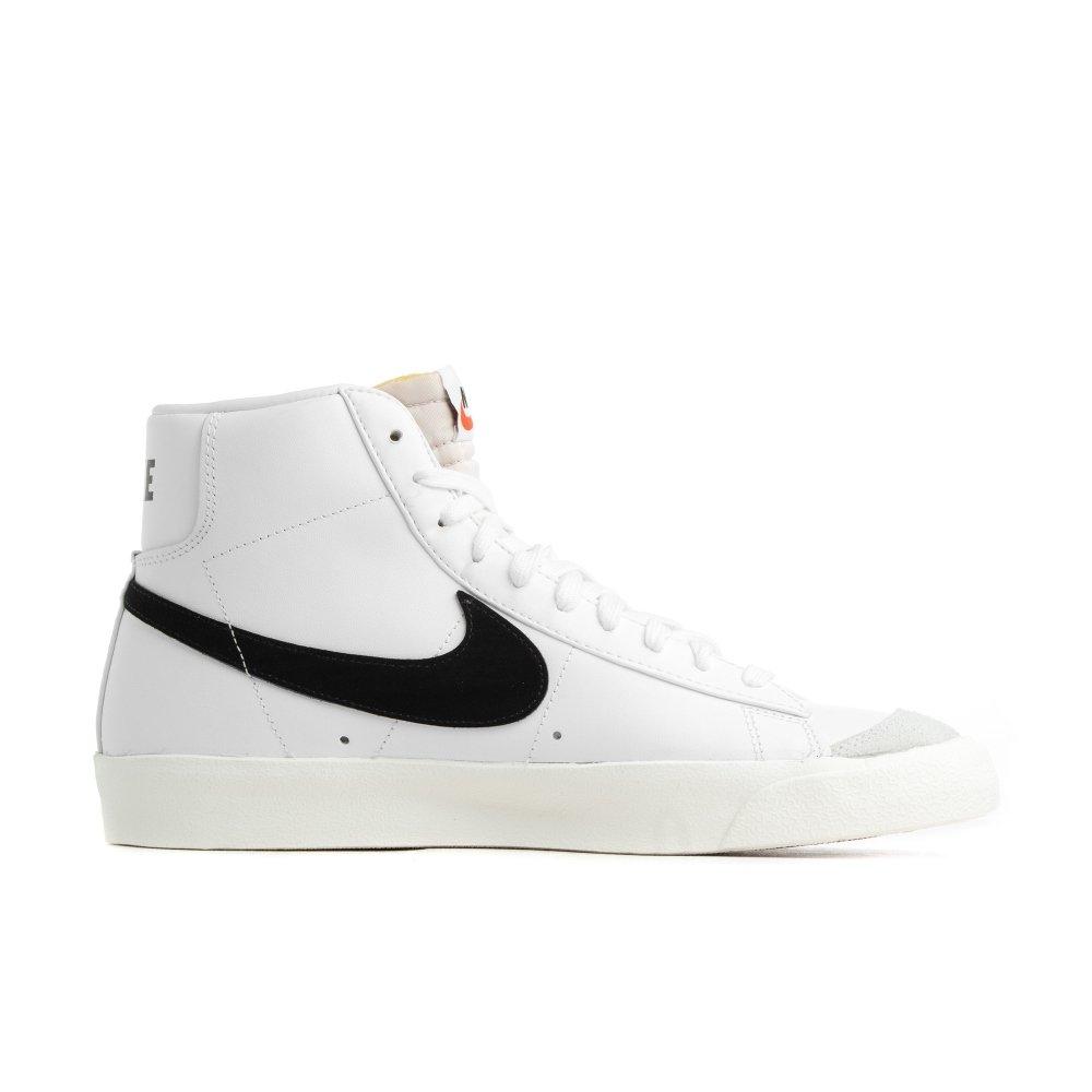 Habitat Deber Definición  Nike Air Blazer Mid Blancas/Negras al mejor precio - Selective Shop